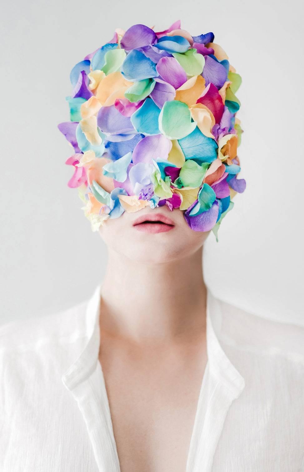 201807_Roos Oosterbroek serie flowers may bloom photography rainbow