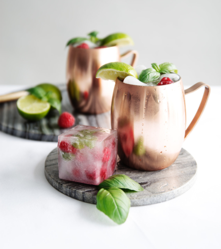 Moscow mule cocktail by Roos Oosterbroek fonQ